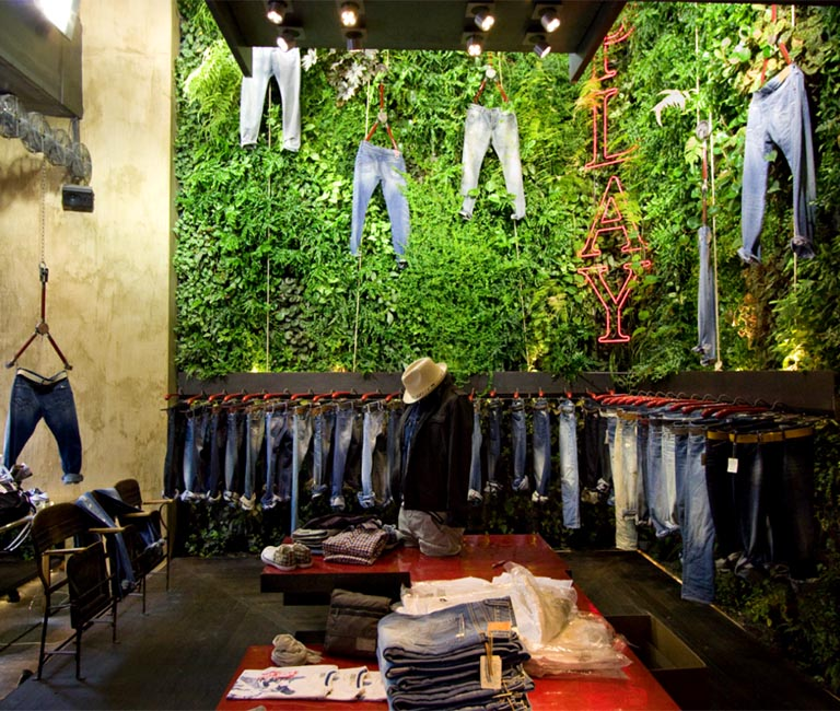 Living Wall in Clothing Store
